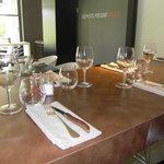 Table d'hôtes jusqu'à 10 pers au restaurant Des Petits Pois Sont Rouges, au LOGIS Hôtel le Miram