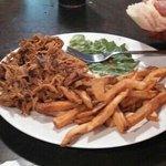pulled pork, fries
