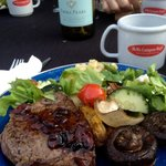 Dinner: Rib eye Steak, grille vegetables and organic salad.