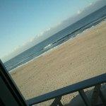when i say right on the beach....ahhhh
