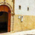 Porte entrée du riad Sakina