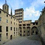 Plaça del Rei i Torre Rei Marti