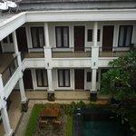 Photo de Shraya Residence
