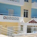 Knossos Studios resmi