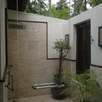 Outdoor shower master bedroom