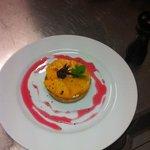 tartelette aux mangues et sirop hibiscus