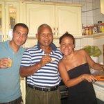 Jeraldine y Yo con Stanley Kemp Dueño de A1 Apartments Aruba
