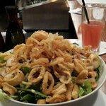 kalamar salad