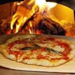Pizzeria Bocce Pizza