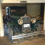 The feature for the second dining room... a vintage car