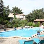 Marijas great swimming pool and jacuzei