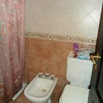 Banheiro do quarto para quatro pessoas.