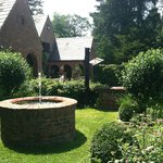 Photo de Chateau and Tudor Rooms, Saugerties Bed and Breakfast