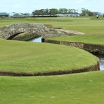 The Swilcan Burn and the stone bridge