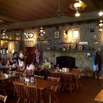Cracker Barrel Dining Experience