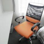 リクライニング付の大きめの椅子が人気です♪