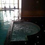 Jacuzzi et piscine du spa