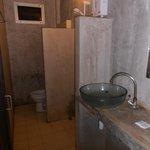 l'état déplorable de la salle de bain