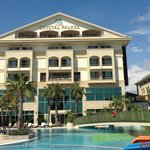Crystal Palace Resort Hotel & Spa