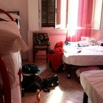 8 girls room