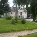 """A small hotel - """"country style""""...in the countryside near Norefjell .."""