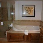 spa tub! loved this!