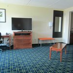 I stayed here a 2nd time and had a HUGE room - very spacious! (rm 500).  HUGE living space.