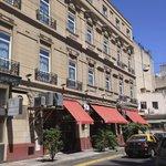 Restaurante Chiquilin divide o térreo com a recepção do hotel