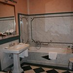 Bathroom for Honey Bear's Room