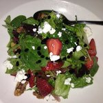field greens + strawberry + goat cheese + walnut