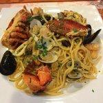 spaghetti ai frutti di mare (aragosta inclusa)