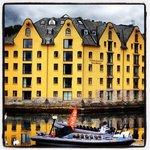 Hotel Comfort Bryggen fra sjøsiden!