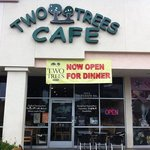 Two Trees Cafe Ventura