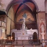 Cahors Cathedral: Side Altar