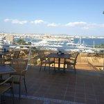 Vista del porto dalla terrazza Ristorante