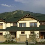EagleRidge Townhomes, Summer