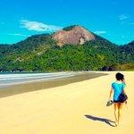 la plage de Dois Rios à Ilha Grande