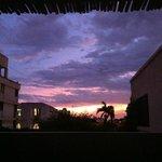 Aussicht von der Dachterrasse im 2. OG bei Sonnenuntergang