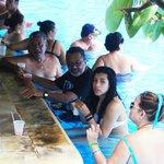 bar de una de las piscinas