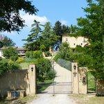 The entrance to Torraccia di Chuisi