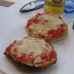 Cheese, tomato & garlic bruschetta