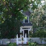 Photo de The Rothwells' Stone Cottage B&B