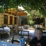Photo de Manousos Tavern
