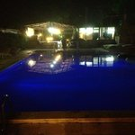 even in the evening my kids loved this pool!