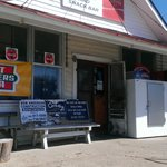 Cariss's Grocery and Snack Bar