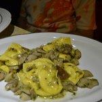Tortelloni con funghi porcini freschi