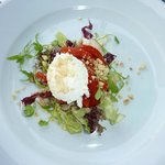 Wood's goat's cheese salad - perfection.