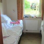 Another kids bedroom