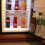 Free refill mini-bar