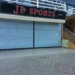 Shop signs JD Sports